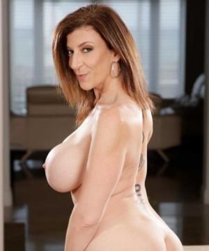 Silvia Saint lesbica porno